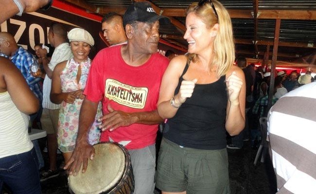 Cada día es fiesta en Mzoli's ciudad del cabo