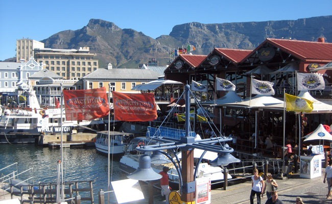 V&A Waterfront, Table Mountain de telón de fondo
