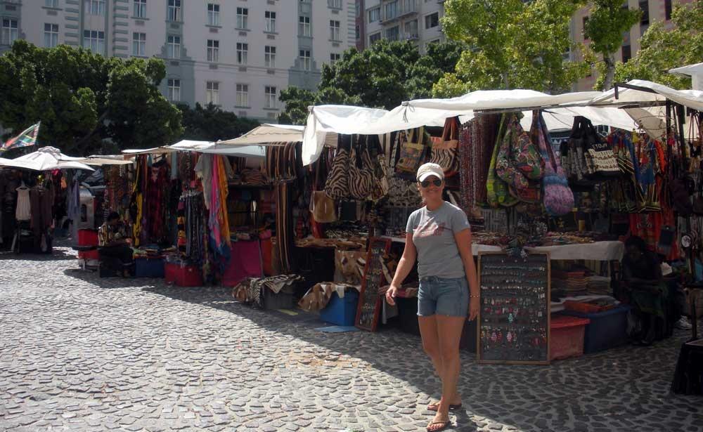 greenmarket-square-mercado-ciudad-del-cabo