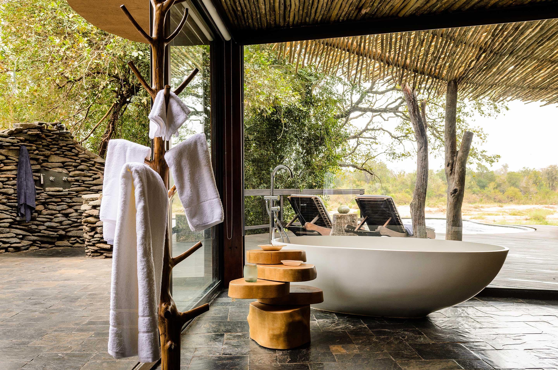singita boulders lodge bath enkosi africa sabi sand parque nacional kruger sudafrica