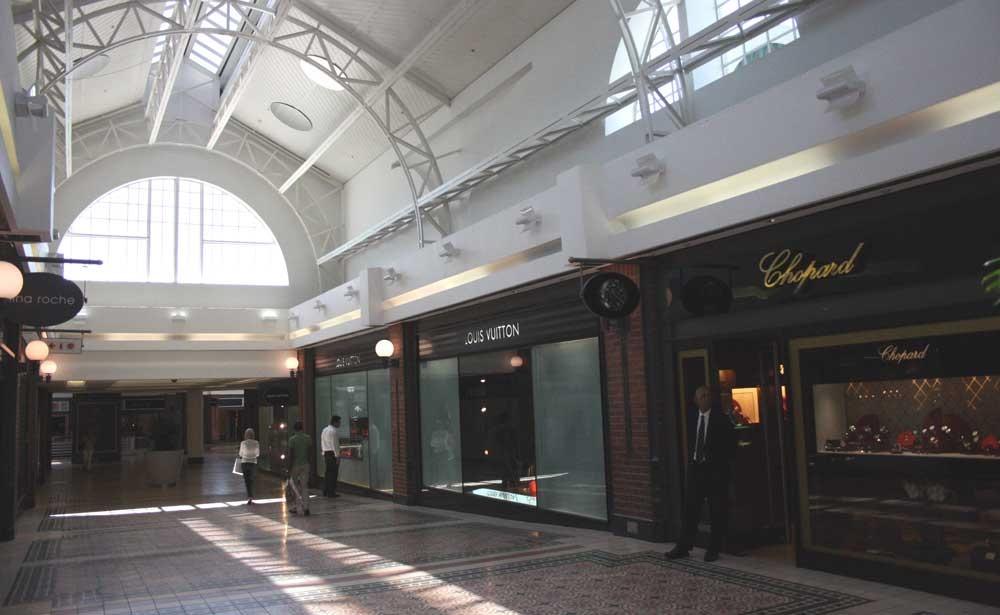 tiendas-VA-Waterfront