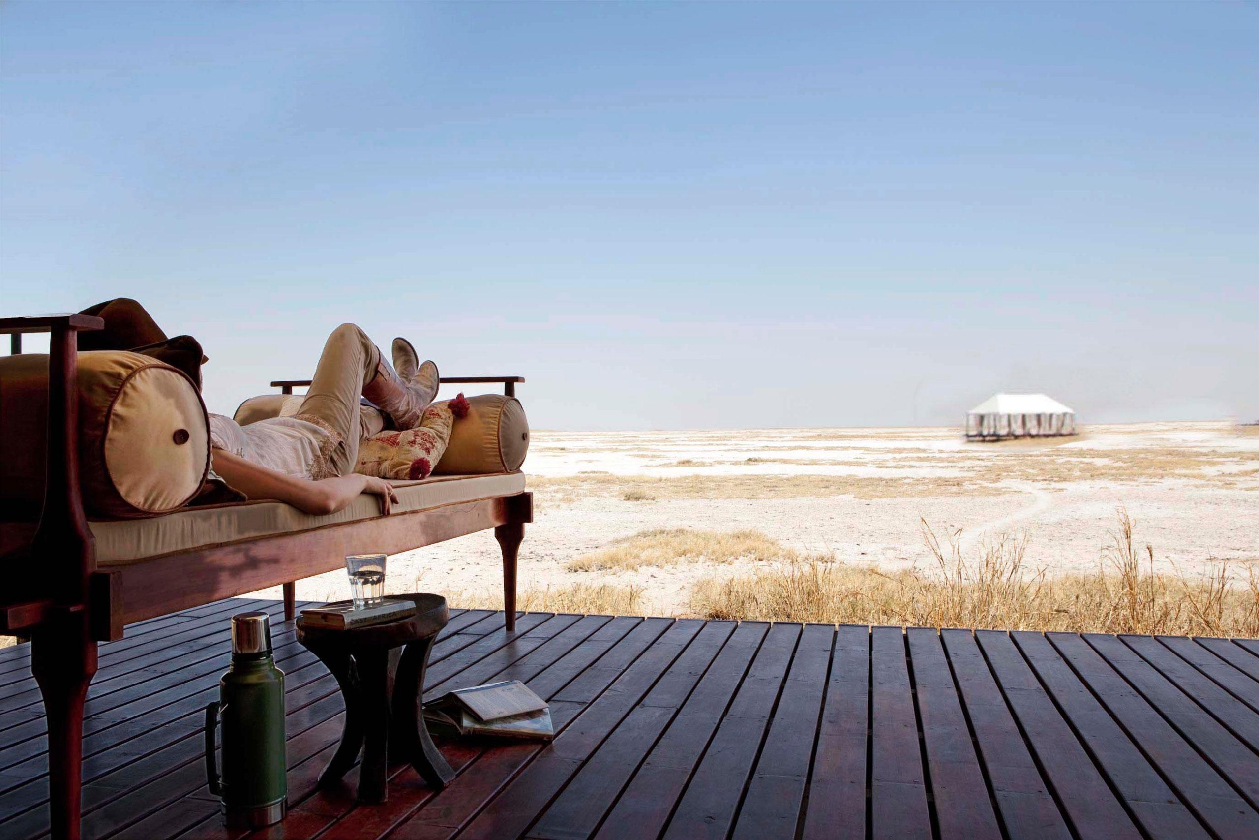Uncharted San Camp Magkadikgadi Pans Botswana view enkosi africa Campamento mejores Vistas África