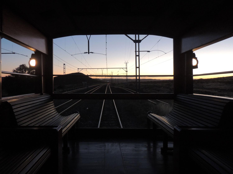 rovos rail enkosi africa train tren observatory sunrise