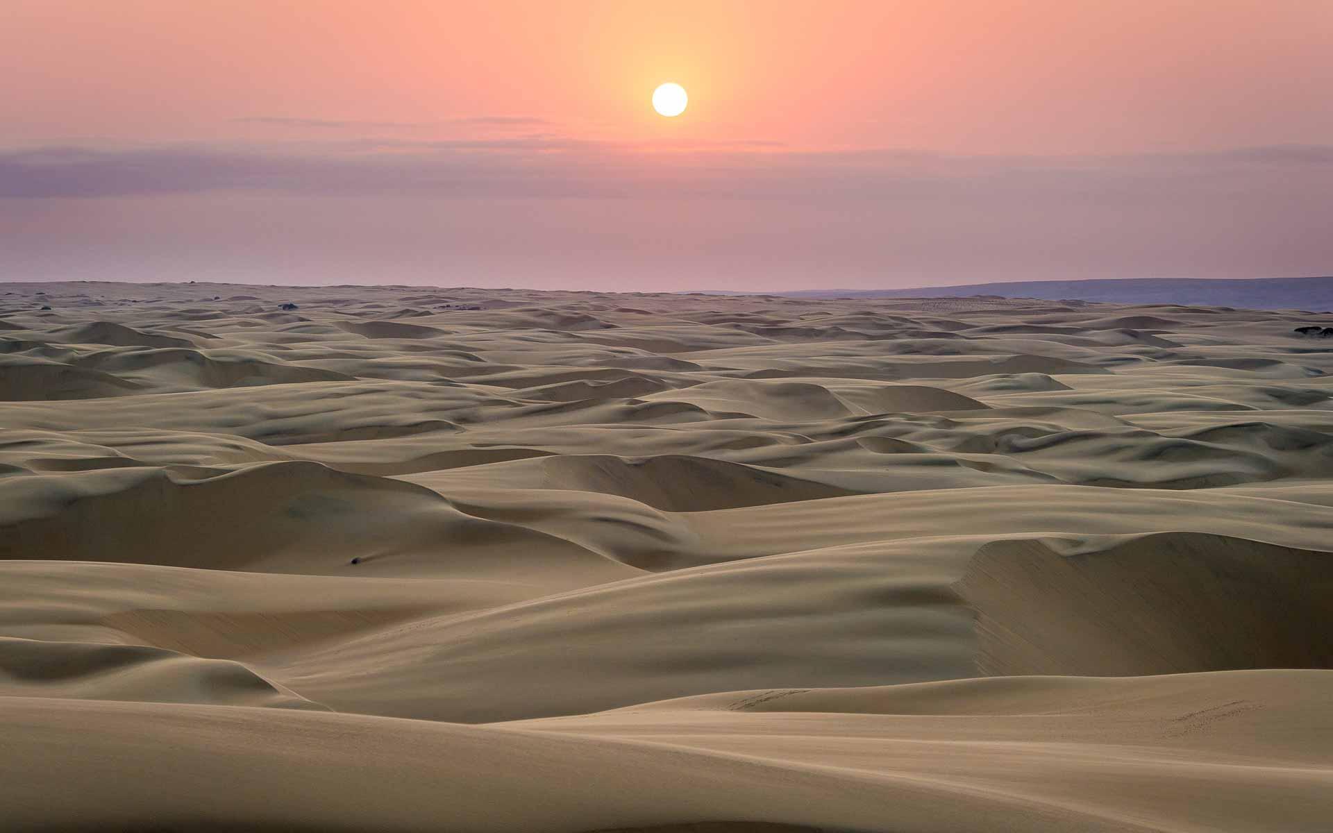 enkosi-africa-safari-namibia-kaokoland-kunene-serra-cafema-wilderness-sunset