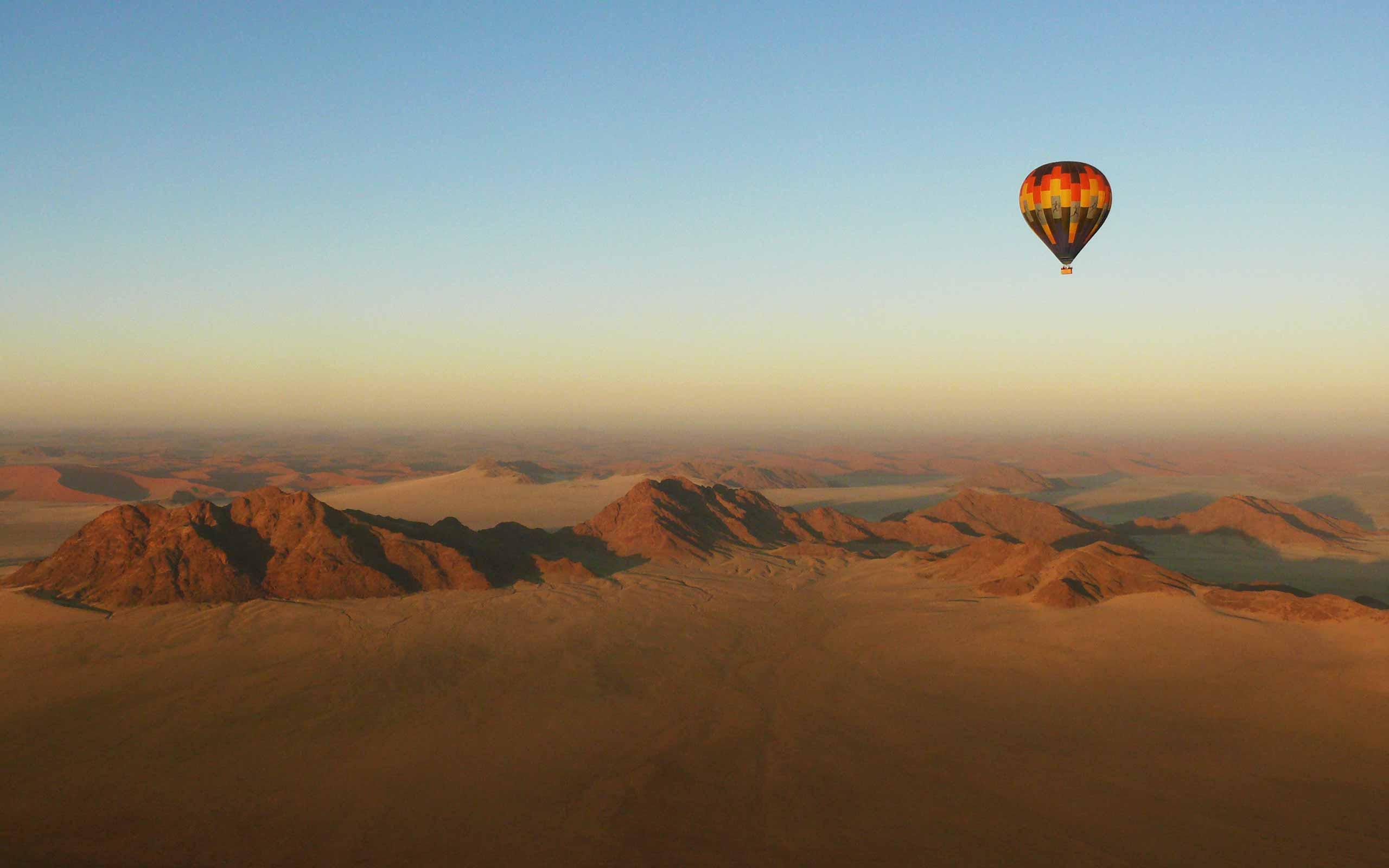 enkosi-africa-safari-namibia-sossusvlei-desert-lodge-andbeyond-globo