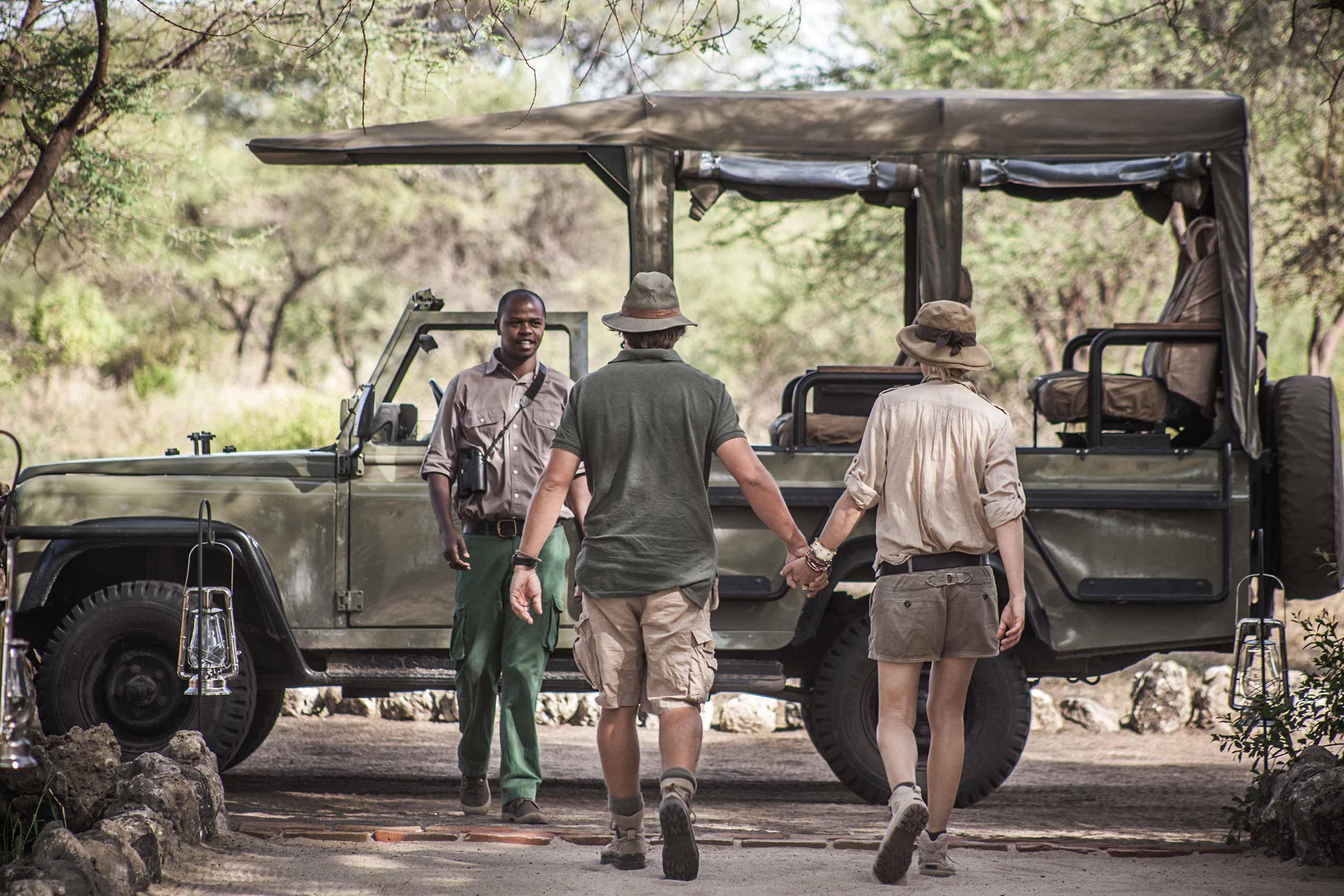 enkosi-africa-safari-tanzania-tarangire-chem-chem-act-alejandragomez-4x4